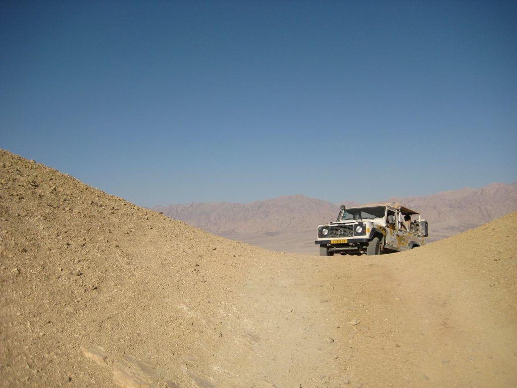Negevwoestijn, jeep, tour, activiteiten, vakantie in Israël, safari